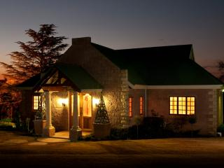 Beautiful Cottage with A/C and Balcony - Clarens vacation rentals
