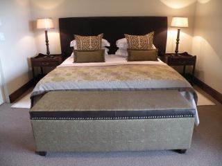 Beautiful 2 bedroom Clarens Cottage with Refrigerator - Clarens vacation rentals