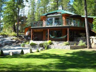 West Coast gem above beautiful mountain lake. - Garden Bay vacation rentals