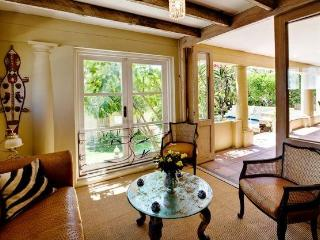 Beautiful Tuscan Villa in Bakoven (Camps Bay) - Cape Town vacation rentals