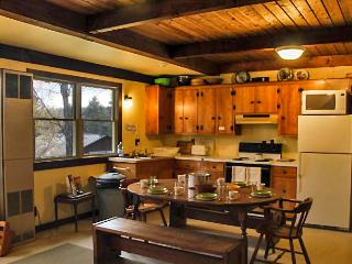 Comfortable Cabin with Internet Access and Dishwasher - Plymouth vacation rentals
