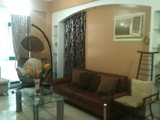 3Br Short Term Condo Rent @ GLOBAL CITY / THE FORT - Philippines vacation rentals