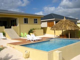 Villa Ocean View, luxe villa aan de oceaan. - Willemstad vacation rentals