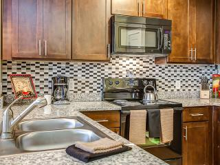 Excellent 11th Avenue Apartment by Stay Alfred - Nashville vacation rentals