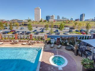 Stay Alfred Gorgeous Pool & Easy Walk Downtown 1N2 - Nashville vacation rentals