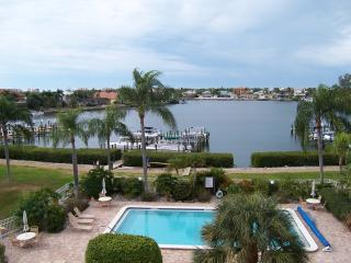 Bonita Beach Hideaway - Bonita Springs vacation rentals