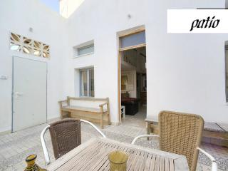 studio with patio - Tel Aviv vacation rentals