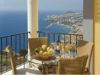 Palheiro Village apartment 17 - Funchal vacation rentals