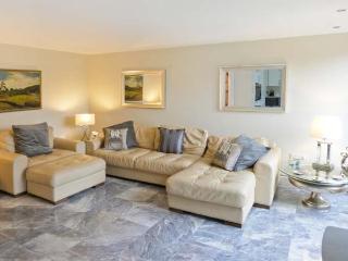 SPEN HOUSE luxury cottage, woodburning stove, en-suites in Bentham Ref 23242 - Bentham vacation rentals