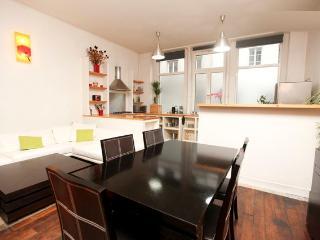 LE CHABROL Loft for 10 (4 bedrooms) - Paris vacation rentals