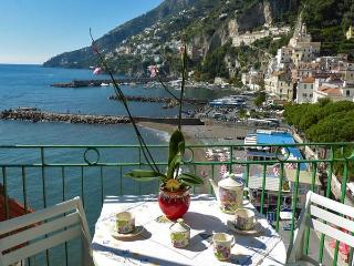 CASA MARINA - 2 Bedrooms - Amalfi - Amalfi Coast - Amalfi vacation rentals
