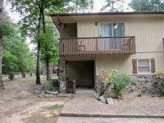 2TrevPl   Coronado Courts   Townhome  Sleeps 6 - Hot Springs Village vacation rentals