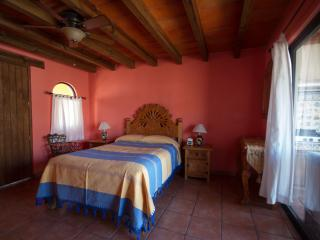 Perfect 1 bedroom Apartment in Guanajuato - Guanajuato vacation rentals