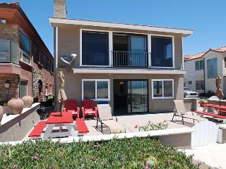 Fantastic Oceanfront home with great outdoor patio! (68273) - Newport Beach vacation rentals
