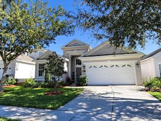 AT THE PALMS: 4 Bedroom Beautifully Furnished Home in Gated Resort Community - Florida vacation rentals