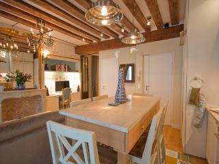 Marais, Paris - Newly Renovated Luxury Apartment - Boothbay Harbor vacation rentals