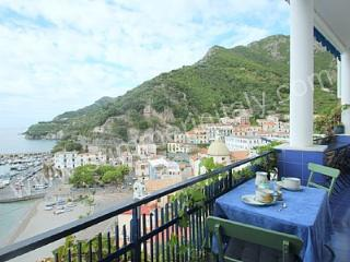 Nice House in Cetara with Deck, sleeps 5 - Cetara vacation rentals
