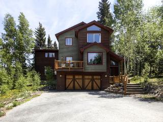 Beautiful mountain home with amazing views, free ski shuttle, and fire pit (amazing views, free shuttle) - High Point Retreat - Breckenridge vacation rentals