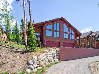 Spacious mountain home with amazing views, hot tub, free shuttle  (amazing views, free shuttle) - Sundara Place - Breckenridge vacation rentals