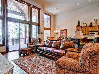 Secluded townhouse with sweeping mountain views, home theater, hot tub, and gondola parking passes (game room, views, spacious)  - Breckenridge vacation rentals