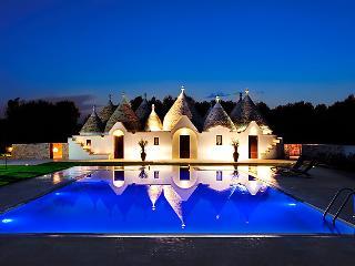 Perfect 4 bedroom Villa in San Michele Salentino - San Michele Salentino vacation rentals