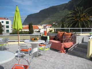 Romantic Condo in Calheta with Internet Access, sleeps 1 - Calheta vacation rentals