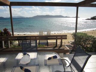 Beachtacular! @ Sapphire Beach - On the Beach - Charlotte Amalie vacation rentals