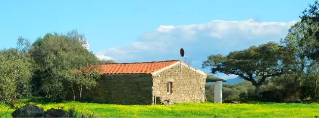 Charming holiday house on finca in Extremadura - Province of Badajoz vacation rentals