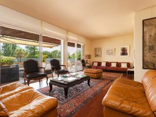 Spacious Marseille Apartment Rental with WiFi, 5 Minutes to Beach - Marseille vacation rentals