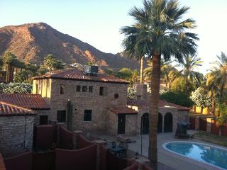 1.6 ACRE ESTATE CAMELBACK MOUNTAIN GUEST VILLA - Phoenix vacation rentals