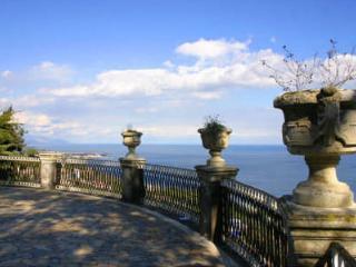 POLIFEMO - Spacious Loft - Sicilia - Acireale vacation rentals