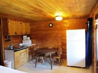 Beautiful Log Cabin Lodge in Pittsburg NH - Pittsburg vacation rentals