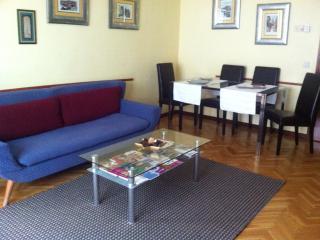 Apartamento Home Life Buenavista - Toledo vacation rentals