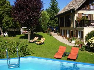 2 Bedroom French Riviera Vacation Home with a Pool and Garden - Gap vacation rentals