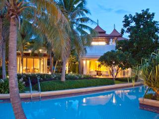 Stunning Luxury Beach Front Villa in Hua Hin - Hua Hin vacation rentals