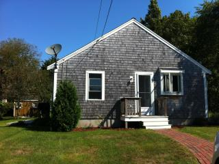 Beautiful 2 Bedroom 1 Bathroom Cottage - Sandwich vacation rentals
