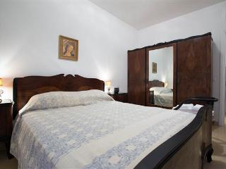 Happy Family in Rome! - Rome vacation rentals