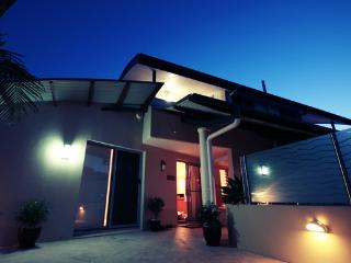 JADES ON LAWSON LUXURY APARTMENTS - Northern Territory vacation rentals