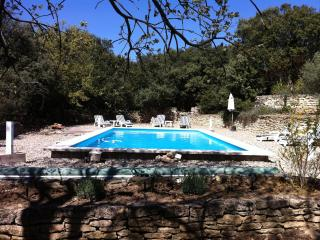 Villa with Private Pool,WIFI, short walk to Gordes - Gordes vacation rentals