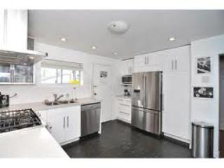 Spacious 2BR + 1BA In Central Kitsilano!! - Vancouver vacation rentals