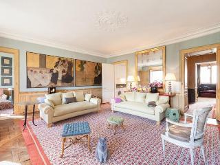Rue de Montpensier - Paris vacation rentals