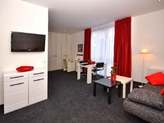 Vacation Apartment in Aalen - 452 sqft, central, modern, clean (# 4460) - Aalen vacation rentals