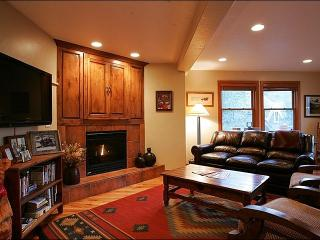 Beautifully Furnished & Upgraded Home - Next to City Park (25072) - Park City vacation rentals
