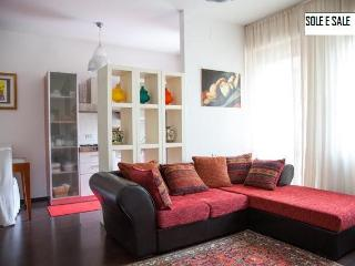 Cozy 2 bedroom Montesilvano Condo with Internet Access - Montesilvano vacation rentals