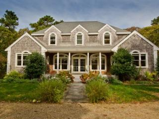 CONTEMPORARY FARMHOUSE IN MEADOW VIEW FARMS - OB DWAL-15 - Oak Bluffs vacation rentals