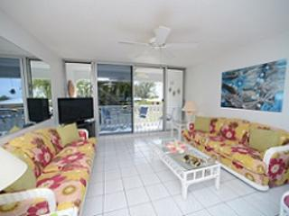 Living Room - Beautiful Condo - #28 Harbour Heights 7MB - Seven Mile Beach - rentals
