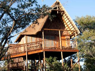 Bona Ntaba Self Catering Tree House Lodge - Hoedspruit vacation rentals
