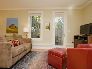 Sun-Filled Garden Studio in Heart of the City - San Francisco vacation rentals