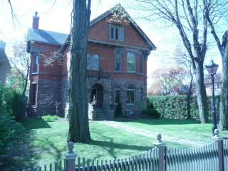Victorian Gem in Midtown Toronto - Toronto vacation rentals