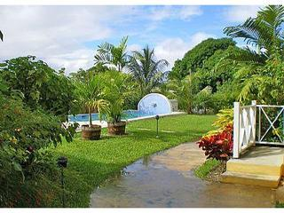 Tropical gardens and pool - Ajoupa 3, Barbados, West Coast, Sea View, - Saint James - rentals